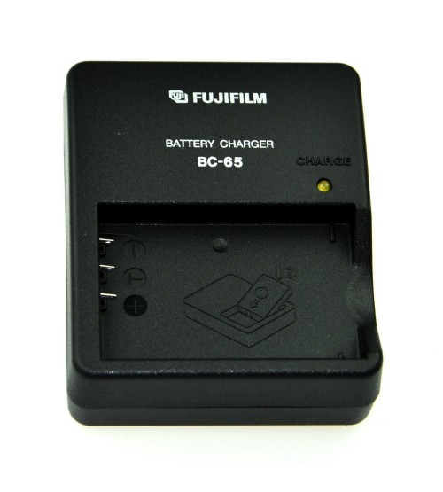 Fuji BC-65 Charger for NP-40 / NP-95 / NP-120