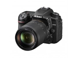 Nikon D7500 Kit 18-140mm (Free Nikon Bag Size M + USB Nikon + 10 In 1 Gift)