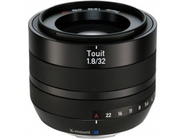 Carl Zeiss Touit 32mm f/1.8 Lens For Fuji X-Mount