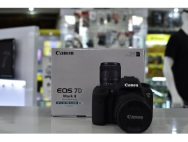 Used..!! Canon EOS 7D Mark II Kit 18-135mm Nano USM with Adapter W-E1 (Kode : 058)